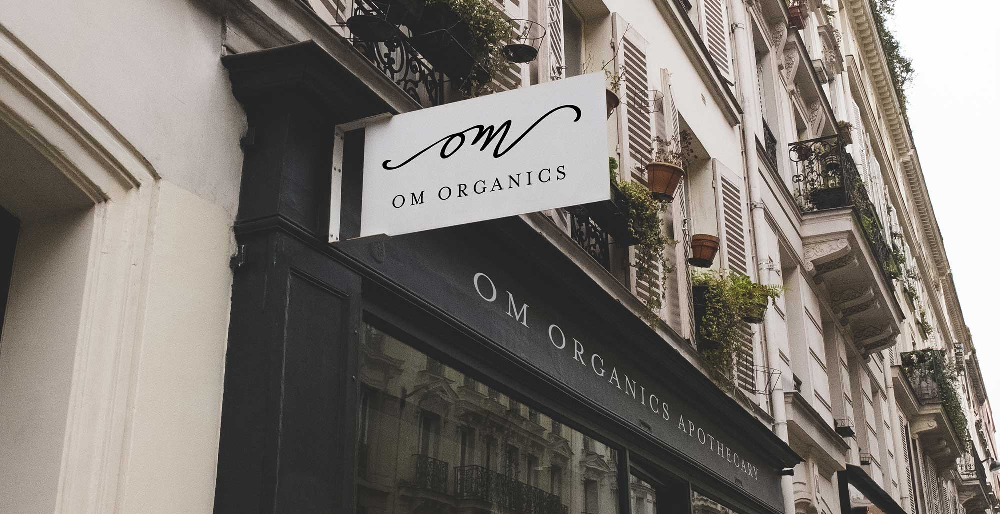 covetdesign_logo-design_branding_package-design_graphic-designer_vancouver_work_feature_omorganicsstorefront